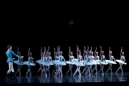 Artists of the Australian Ballet in Swan Lake, 2012. Photo: Jeff Busby