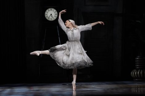 Leanne Stojmenov in Cinderella, 2013. Photo Jeff Busby