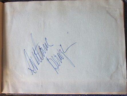 Svetlana Beriosova signature