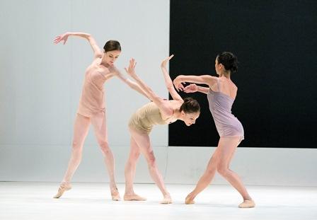 Artists of the Australian Ballet in 'Chroma', 2014. courtesy the Australian Ballet