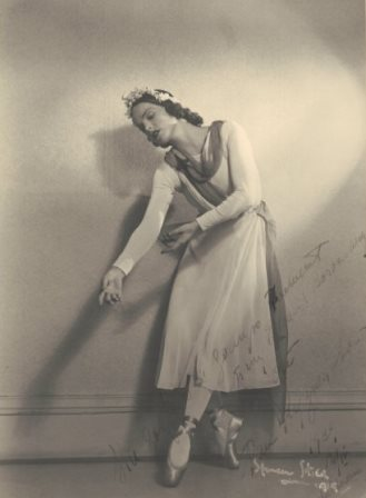 Raisse Kouznetsova in costume for 'Choreartium', 1939. Photo Spencer Shier