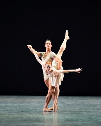 Gillian Murphy and Marcelo Gomes in Twyla Tharp's 'Bach Partita', American Ballet Theatre. Photo: Gene Schiavone
