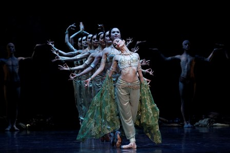 Amber Scott and artists of the Australian Ballet in 'La Bayadère'. Photo: Jeff Busby.
