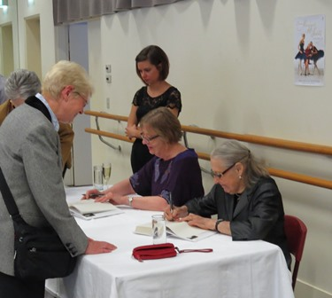 Book signing 'Dame Maggie Scott: a life in dance'