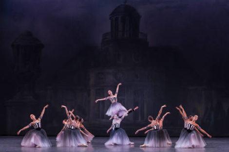 Artists of Paris Opera Ballet in Brahms Schoenberg Quartet, 2016. Photo: Sebastien Mathe/Opera national de Paris