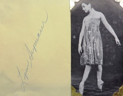 Lynn Seymour. Autograph and program image. The Royal Ballet, Melbourne 1958