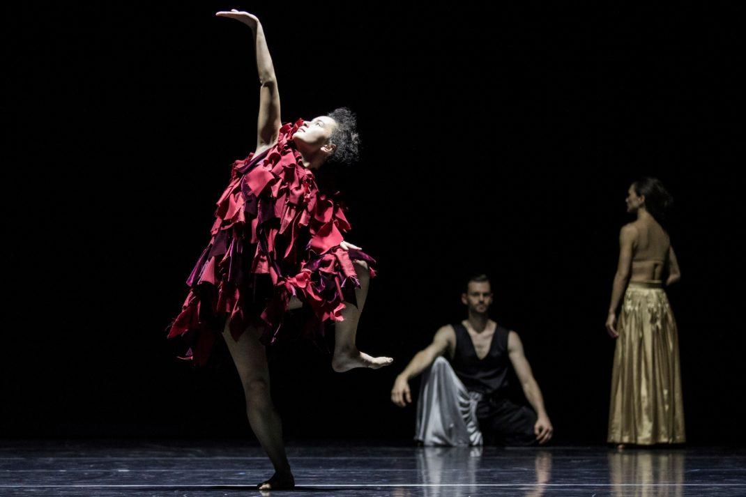 Latisha Sparks and Bernhard Knauer in 'Full Moon', Sydney Dance Company, 2017. Photo: © Pedro Greig