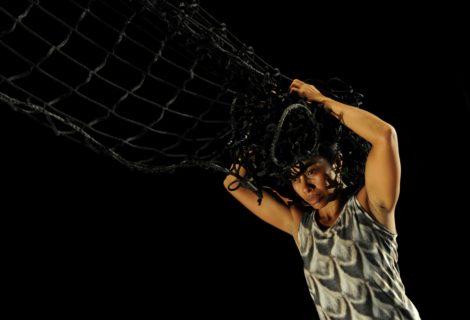 Dalisa Pigram in 'Gudirr, Gudirr' Photo: © Heidrun Lohr