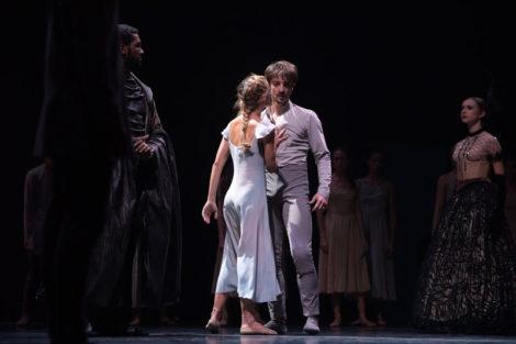 Fernanda Oliveira and Fernando Bufala in Akram Khan's 'Giselle', English National Ballet. Photo: © Laurent Liotardo