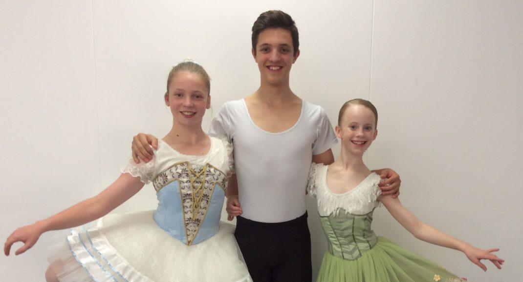 (L-r) Abigail Davidson, Ky Trotter and Soraya Sullivan.