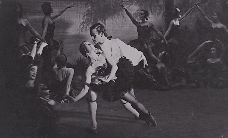Edna Busse and Kenneth Gillespie in 'The Black Swan', Borovansky Ballet, 1951