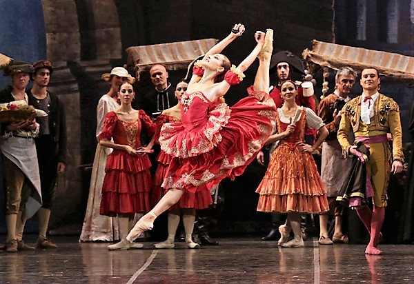 Nicoletta Manni as Kitri in Don Quixote. La Scala Ballet. Photo: Marco Brescia & Rudy Amisano. Courtesy Teatro alla Scala