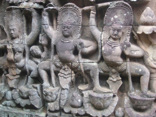 Apsara relief, Angkor Thom, Siem Reap, Cambodia, 2008. Photo: © Michelle Potter