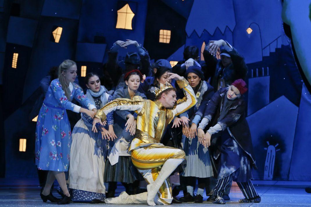 Adam Bull in 'The Happy Prince'. The Australian Ballet, 2020. Photo: © Jeff Busby