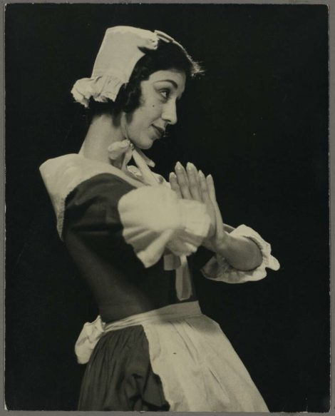 Anita Ardell as Toinette in Gertrud Bodenwieser's 'The Imaginary Invalid', 1950. Photo: Peter Burden